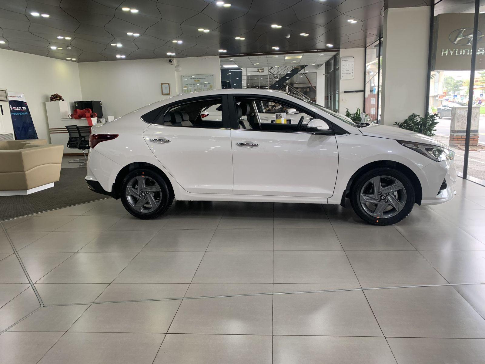 Hyundai Accent 1.4 AT đặc biệt 540 triệu